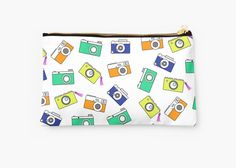 Retro Camera by Linecircle Co #retro #pouch #camera #pattern #redbubble #linecircle #LinecircleStationary