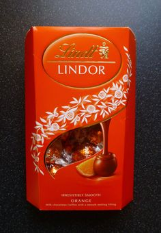 Christmas and chocolate orange go hand in hand. Giving Terry's Chocolate Orange a run for its money, Lindt Lindor Orange is here. Lindt Truffles, Lindt Lindor, Lindt Chocolate, Chocolate Packaging, Chocolate Orange, Chocolate Truffles, Food Box Packaging, Packaging Design, Orange Candy