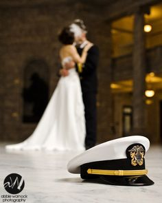 wedding day - details - ideas - bride and groom - navy - officer - hat - cap - kissing - photography by Abbie Warnock Navy Military Weddings, Navy Weddings, Army Wedding, Dream Wedding, Nautical Style, Nautical Wedding, Cute Wedding Ideas, Wedding Pictures, Dream Photography