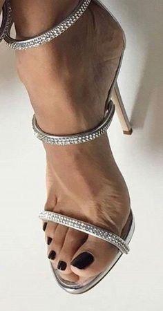 High heels fashion- High heels fashion High heels fashion - Source by de mujer sandalias Sexy Legs And Heels, Hot Heels, Sexy High Heels, High Heels Stilettos, Stiletto Heels, Beautiful High Heels, Gorgeous Feet, Open Toe High Heels, Female Feet