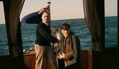 Alla scoperta di Dunkirk di Christopher Nolan attraverso il nuovo trailer italiano pubblicato il 5 maggio 2017 e scrutando le stesse parole di Nolan.