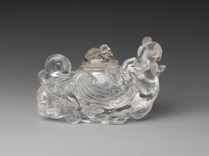 "Covered vessel in the shape of a bird, 18th–19th century. Qing dynasty (1644–1911). China. The Metropolitan Museum of  Art,  New York. Gift of Heber R. Bishop, 1902(02.18.838a, b) | This work is exhibited in the ""Colors of the Universe: Chinese Hardstone Carvings"" exhibition, on view through October 9, 2017."