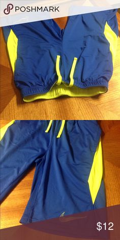 Nike shorts Boys Lg No stains Nike Bottoms Shorts