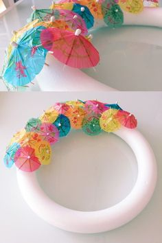 Paper Umbrella Wreath DIY tutorial: How to make your own paper umbrella wreath. Perfect for those tropical summer pool parties or your summer home decor. The post Paper Umbrella Wreath appeared first on Summer Diy. Aloha Party, Luau Theme Party, Tiki Party, Hawaii Party Decorations, Umbrella Decorations, Pool Party Themes, Party Party, Spring Party Themes, Beach Party Decor