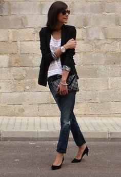 Zara  Blazers, Massimo Dutti  Camisetas and Zara  Clutches