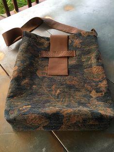 Hello Tom Minion Drawstring Backpack Tote Bag 15 1//2 Inch