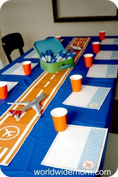 airport/airplane themed party...adorable.