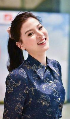 Pin on Thailand ❤️ Beautiful Little Girls, Beautiful Asian Girls, Girls World, Sexy Asian Girls, Cute Woman, Ulzzang Girl, Girl Photography, Beautiful Actresses, Asian Beauty