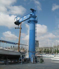 Plumas marinas del Real Club Náutico de Barcelona | GH Cranes & Components