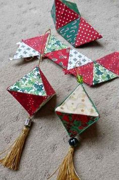 After being AWOL for a few mad busy weeks I am back in the midst of the WOYWW family. This week I eclipse Helen& own up mess of last wee. Folded Fabric Ornaments, Origami Ornaments, Fabric Christmas Ornaments, Christmas Baubles, Christmas Tree Decorations, Quilted Ornaments, Christmas Patchwork, Christmas Sewing, Noel Christmas