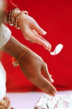 http://weddingnouveau.com