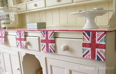 Union Jack bunting-my inner Anglophile is in love!
