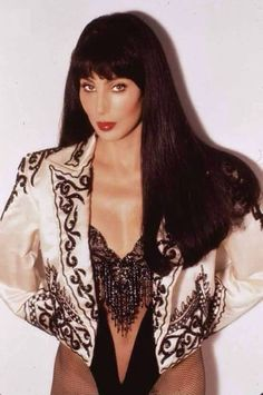 Discover recipes, home ideas, style inspiration and other ideas to try. Divas, Glamour, Cher Costume, Cher Photos, Beaux Couples, Cher Bono, Look Vintage, Female Singers, Hot Dress