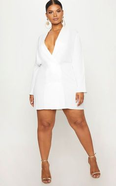 22 bachelorette outfits for the bride - white bachelorette party dresses Bachelorette Outfits, White Bachelorette Party Dress, Curvy Women Fashion, Plus Size Fashion, Plus Size Dresses, Plus Size Outfits, Plus Size Womens Clothing, Clothes For Women, Curvy Model