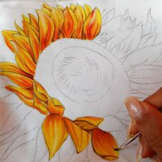 La pochette estiva dipinta, per la spiaggia o le uscite serali, comoda e pratica per portarsi dietro l'indispensabile- The summer fabric clutch bag, to go to beach or to exit the evening, comfortable and practise to have with the self the essential Sunflower Pictures, Sunflower Art, Watercolor Flowers Tutorial, Fence Art, Art Sites, Flower Aesthetic, Pottery Painting, Watercolor Cards, Art Drawings