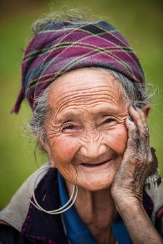 Maa by Seth Rubin on Beautiful Smile, Beautiful People, Old Faces, Ageless Beauty, Aging Gracefully, Interesting Faces, Happy People, People Around The World, Old Women
