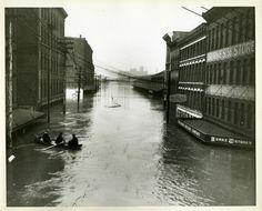 Cincinnati, Ohio, 1937 flood, from the Collection of Stuart R. Hodesh.