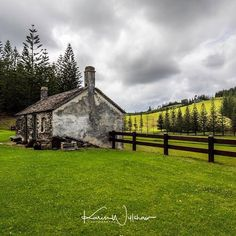 Kingston; an historical township with an infamous past.  Landscape  #wonderful_places #beautifuldestinations #norfolk #discoverglobe #lifeofadventure #liveoutdoors #wildernessculture #discoverearth #goneoutdoors #welivetoexplore #epicexploring #awesomeglobe #fantastic_earth #awesomeearth #norfolkisland #travelawesome #bestvacations #ourplanetdaily #earthfocus #travellingvibe #travelstoke #theoutbound #natgeotravelpic #earth_deluxe #karenwillshawphototours #twitter #olympus_au
