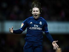 "Real Madrid midfielder Luka Modric claims that the club's ""priority"" this season is to win La Liga, rather than the Champions League. Real Madrid Team, Real Madrid Football Club, Gareth Bale, Latest Sports News, Zinedine Zidane, Uefa Champions League, Tottenham Hotspur, Cristiano Ronaldo, Perms"