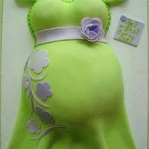 Bolo para Chá de Bebê, ideal diferente! Mais fotos em: http://mamaepratica.com.br/2014/02/07/25-exemplos-de-bolos-para-cha-de-bebe/
