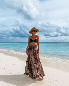 Pool Outfits, Honeymoon Outfits, Bikini Outfits, Vacation Outfits, Beachwear Fashion, Beachwear For Women, Boho Fashion, Summer Holiday Outfits, Beach Photography Poses