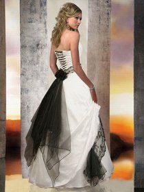 rWeb Store - Wedding Dresses/Gowns - Gothic, Medieval  vintage