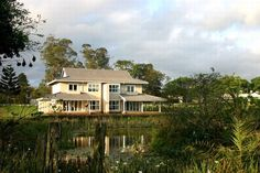 Weaver's Nest Self-Catering accommodation on Eshowe Hills Eco Golf Estate in Eshowe. Golf Estate, Catering, Nest, Cabin, Mansions, House Styles, Home Decor, Nest Box, Decoration Home