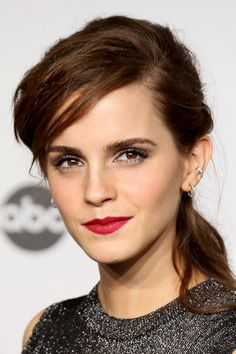 The Beauty Evolution of Emma Watson, from Bare-Faced Hermione to Red-Carpet Queen | Teen Vogue