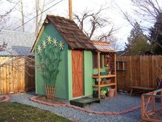 DIY garden shed with Custom Trellis.. too cute.