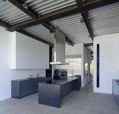Modern Dream Home: Gallery House by Ogrydziak Prillinger Architects