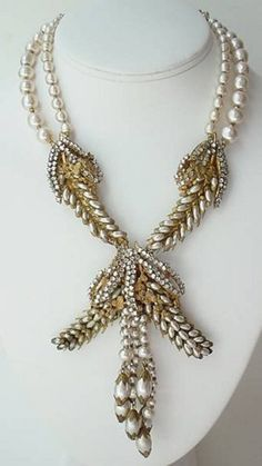 Outstanding Miriam Haskell Necklace