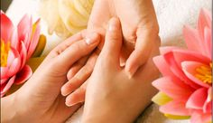 What Is Reflexology Massage ? – SweeterWith