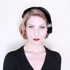 RESERVED 4 Vicki / 1930s Hat / VINTAGE / 30s Bonnet / Velvet / Star Brooch