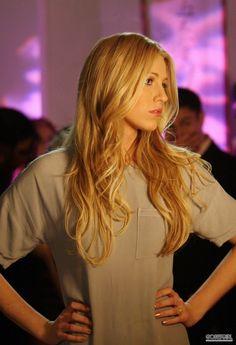Gossip Girl Season 1. Serena van der Woodsen.