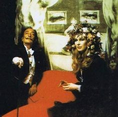 Extraordinary Photos From A 1972 Rothschild Surrealist Dinner Party #Dali holding court