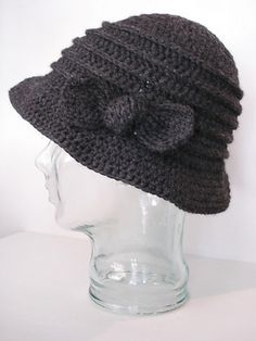 Ravelry: Ewa pattern by Margaret Kendall This looks like the cloche hats my grandmother wore in the 20's.