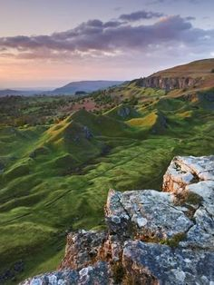 Brecon Beacons Wales I cant stop looking at this photo Amazing landscape with beautiful colors the sunset and the green fields are touching my heart Its is sad that ther. Wales Uk, South Wales, The Places Youll Go, Places To See, Beautiful World, Beautiful Places, Romantic Places, Beautiful Scenery, Brecon Beacons