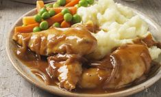 Chicken smothered in gravy, with vegetables - Cultura/Diana Miller/Riser/Getty Images Healthy Salmon Recipes, Healthy Recipes On A Budget, Healthy Meals For Kids, Healthy Meal Prep, Easy Chicken Recipes, Healthy Breakfast Recipes, Clean Eating Recipes, Seafood Recipes, Beef Recipes