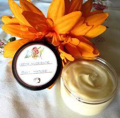 DIY - Crema viso nutriente fai da te per pelle matura.