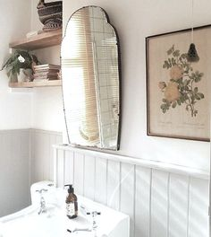 7 Peaceful Clever Tips: Minimalist Decor With Color Colour minimalist bedroom organization cleanses.Minimalist Home Scandinavian Floors minimalist home design storage solutions.Minimalist Home Design Storage Solutions. Bad Inspiration, Bathroom Inspiration, Home Decor Inspiration, Bathroom Ideas, Vintage Bathroom Decor, Bathroom Plans, Decor Ideas, Vintage Decor, Minimalist Decor