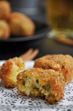 Polpette di miglio con verdure e formaggio http://duebiondeincucina.blogspot.it/