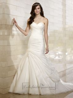 Stunning Organza Sweetheart Ruched Bodice Simple Wedding Dresses