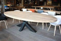 Ovale tafels - Zwaartafelen | Made in Holland - Ovale tafel stalen kruis onevenwijdig