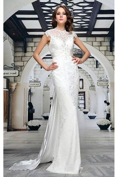 Luxusní svatební šaty pro váš velký den. Nádherné dlouhé šaty 77ab50a6b96
