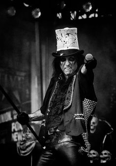 """Alice Cooper Photos Photos - image has been processed using digital filters) Alice Cooper performs during """"FOX & Friends"""" All American Concert Series outside of FOX Studios on August 14, 2015 in New York City. - 'FOX & Friends' All American Concert Series - Alice Cooper"""