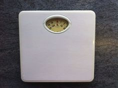 Traditional Bathroom Body Weight Scales. White. Max weight 130kg/20st. Dieting