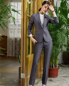 AidenRoy 2018 Hot Sell New Styles Formal Ladies Grey Blazer Women Business Suits Pant and Jacket Sets Office Uniform Designs Business Professional Outfits, Business Outfits, Professional Women, Business Attire, Blazers For Women, Pants For Women, Blazer Outfits, Blazer Dress, Work Outfits