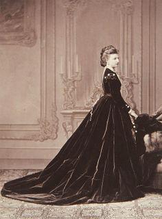 Princesse Amélie de Saxe-Cobourg-Gotha (1848-1894) fille de la princesse Clémentine d'Orléans (1817-1907) petite-fille du roi Louis-Philippe Ier et de la princesse Marie-Amélie de Bourbon-Deux-Siciles, et du prince Auguste de Saxe-Cobourg-Kohary