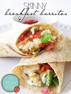 Skinny Breakfast Burritos With just under 200 calories in a full breakfast burrito, you can happily serve one of these along side some salsa, fresh fruit, and maybe a cup of coffee for a filling and guiltless beginning to your day. Breakfast Burritos, Breakfast Potatoes, Lose Weight Naturally, Eating Plans, Fresh Fruit, Fresh Salsa, Eating Habits, Coffee Cups, Coffee Shop