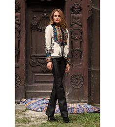 There is more to Romanian clothing than the traditional Romanian blouse Timisoara Romania, Ethnic Fashion, Fall 2016, Leather Pants, Punk, Blouse, Clothing, How To Make, Life